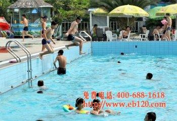 夏季游泳需警惕突发性耳聋